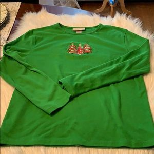 M Sportswear Christmas Tree Shirt XL in EUC